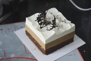 卡布奇诺蛋糕Cappuccino-咖啡白巧克力慕斯配巧克力甘纳许<熊谷裕子>的做法 步骤27